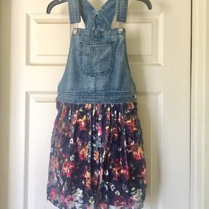 Jordache 🌈 Girls Overall Floral Skirt